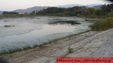 Χαμήλωσε επικίνδυνα η στάθμη του νερού στη λίμνη της Αγιάς
