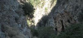 ΣΤΗΝ ΚΙΣΑΜΟ: Μεταξύ Μεσαυλίων και Δελιανών ένα μικρό πανέμορφο φαράγγι.