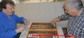 Ταβλάκι με τον ερμηνευτή παραδοσιακής μουσικής Αρτέμη Πεντάρη