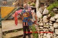 Άπορος και ξεχασμένος ο αυτοδίδακτος τεχνίτης σκιών στο Κακοδίκι