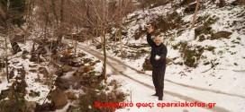 ΟΔΟΙΠΟΡΙΚΟ ΣΤΑ ΕΝΝΙΑ ΧΩΡΙΑ  – Ορεινά μικρά χωριά… ντύθηκαν στα λευκά με τον χιονιά
