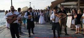 Γάμος με παραδοσιακό… χρώμα στα Χανιά