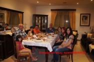 """""""Γεύσεις Κρήτης"""" με κόκορα κρασάτο στην Καληδονία (Και βίντεο)"""