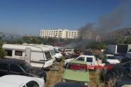 Πυρκαγιά σε μάντρα παλιών οχημάτων αναστάτωσε την  περιοχή (Και βίντεο)