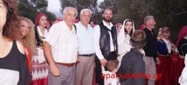 ΣΤΗΝ ΑΣΗ ΓΩΝΙΑ – Εκατοντάδες επισκέπτες στην αναπαράσταση του παραδοσιακού γάμου (Και βίντεο)