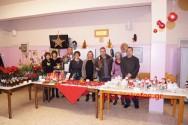 ΣΤΟ ΘΕΡΑΠΕΥΤΗΡΙΟ ΧΡΟΝΙΩΝ ΠΑΘΗΣΕΩΝ ΧΑΝΙΩΝ – Χριστουγεννιάτικη αγορά με διάφορα είδη που έφτιαξαν παιδιά