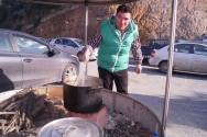 """Αναβίωση εθίμου με χοιρινές γαστρονομικές νοστιμιές """"Χοιροσφάγια"""" (Και βίντεο)"""