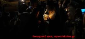 """Με αεροσκάφος της Aegean αφίχθη το  """" Άγιο Φως """" στα Χανιά (Και βίντεο)"""