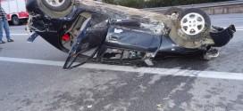 Συναγερμός σε Πυροσβεστική και Αστυνομία για ανατροπή οχήματος στον Ταυρωνίτη