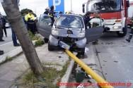 Τροχαίο ατύχημα μ' εγκλωβισμένο τον οδηγό Ι.Χ. οχήματος στα Χανιά (Και βίντεο)