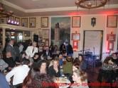 ΣΤΟ ΚΑΦΕ ΚΗΠΟΣ – Ο Κώστας Λειβαδάς τραγουδά στα Χανιά