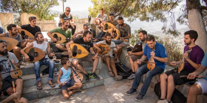 ΣΤΟΝ ΜΕΡΩΝΑ ΡΕΘΥΜΝΟΥ – Μουσικό διδασκαλείο τοπικών χορών