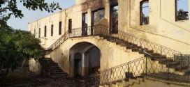 ΣΤΑ ΧΑΝΙΑ – Θλίψη για την καταστροφή του πολεμικού Μουσείου