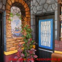 """ΣΤΑ ΤΣΙΚΑΛΑΡΙΑ – Ένα """"παραμυθένιο"""" παλιό σπίτι με χρώματα και αρώματα"""