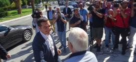 Ελάχιστοι οπαδοί στην υποδοχή του πρωθυπουργού στην αντιπεριφέρεια Χανίων