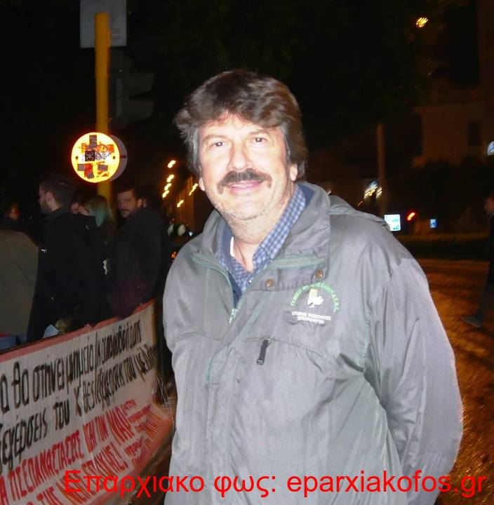 10 Νεκτάριος Κοκολαντωνάκης από την Πρωτοβουλία Αντίστασης και το ΚΚΕ μλ στην Αγορά
