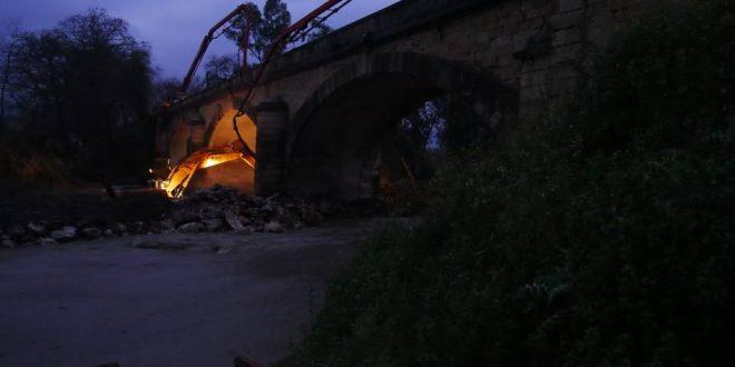 Μεγάλες προσπάθειες να σωθεί η ιστορική γέφυρα του Κερίτη (Και βίντεο)