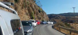 Αγανάκτηση με την ατελείωτη ουρά αυτοκινήτων στη σήραγγα των Τοπολίων