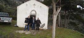 Με βροχή λειτουργήθηκε το εξωκλήσι του Αγίου Αθανασίου στα Εννιά Χωριά