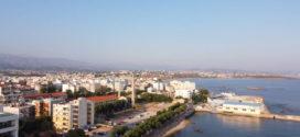 Η Νέα Χώρα στα Χανιά με το παλιό λιμάνι (Και βίντεο)