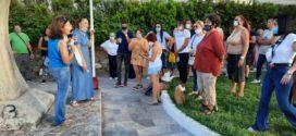 ΣΤΑ ΚΟΥΝΟΥΠΙΔΙΑΝΑ – Διαμαρτυρία φίλων των ζώων κατά του δράστη που ευνούχισε τον σκύλο του…