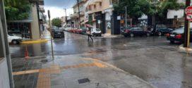 Ανήμερα πρωτομηνιάς με δυνατή βροχή τα Χανιά