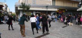Στην καρδιά του κέντρου της πόλης των Χανίων στήθηκε… απρόσμενος χορός