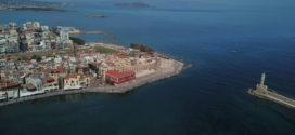 Ανοιξιάτικο πρωινό στο παλιό λιμάνι των Χανίων