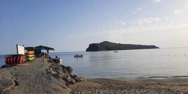 Γιόρτασε πανηγυρικά το ιστορικό νησάκι Θοδωρού