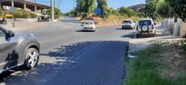 Κεντρικοί δρόμοι διπλής κατεύθυνσης χωρίς πεζοδρόμια…