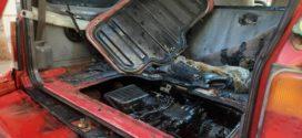 Στο κέντρο της πόλης των Χανίων ανεφλέγη αυτοκίνητο