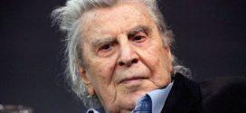 Όλη η  υφήλιος αποχαιρετά τον κορυφαίο Έλληνα μουσικοσυνθέτη Μίκη Θεοδωράκη